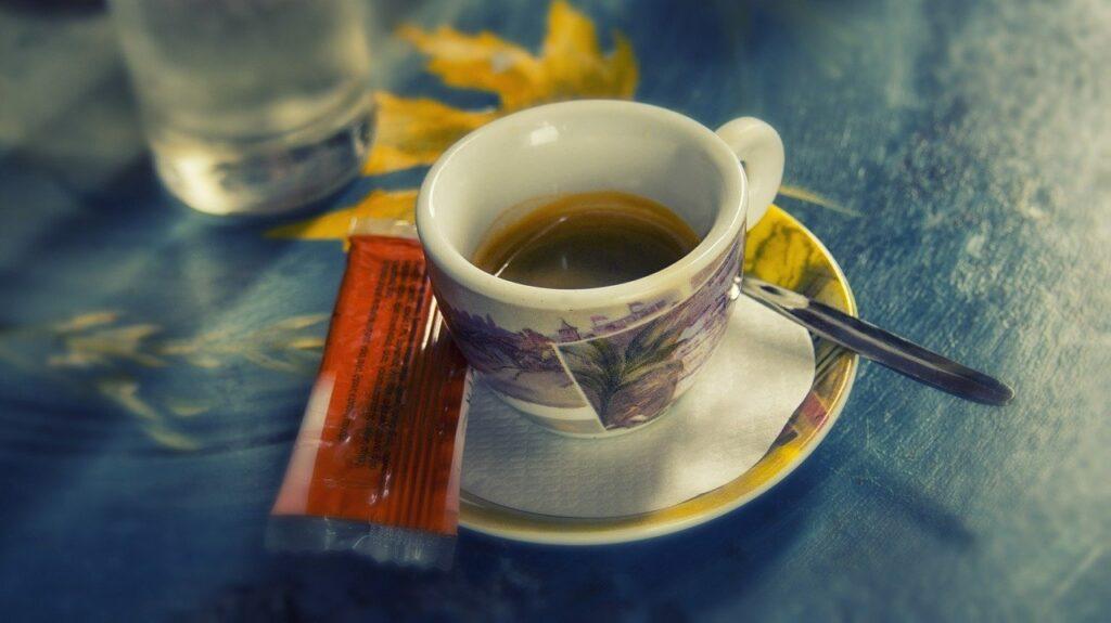 triest. Espresso im traditionsreichen Kaffeehaus.