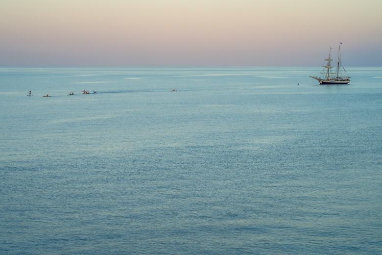 Liparische Inseln. Die S.V. Florette segelt zurück nach Kalabrien.