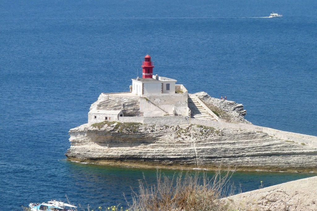 Leuchtturm auf Korsika Foto: Alexander Speh/Pixabay