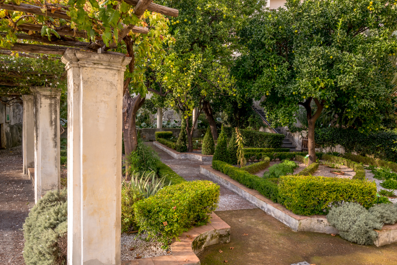 Der Garten der Minerva in Salerno ist eine Ruheoase